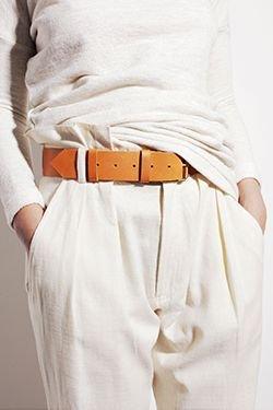 9ceded289 A tavasz új kedvence: Paperbag nadrágok   Stílus és Siker